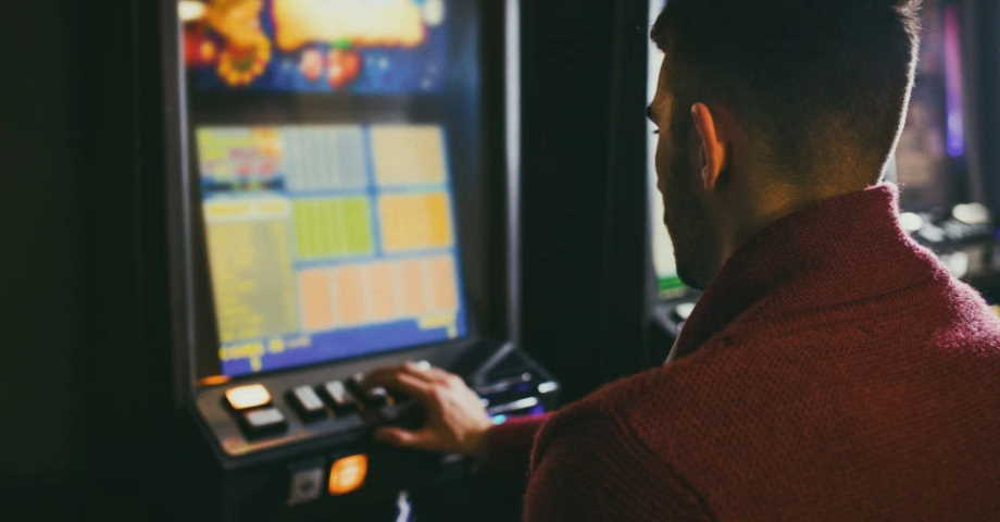 gambling causes problems